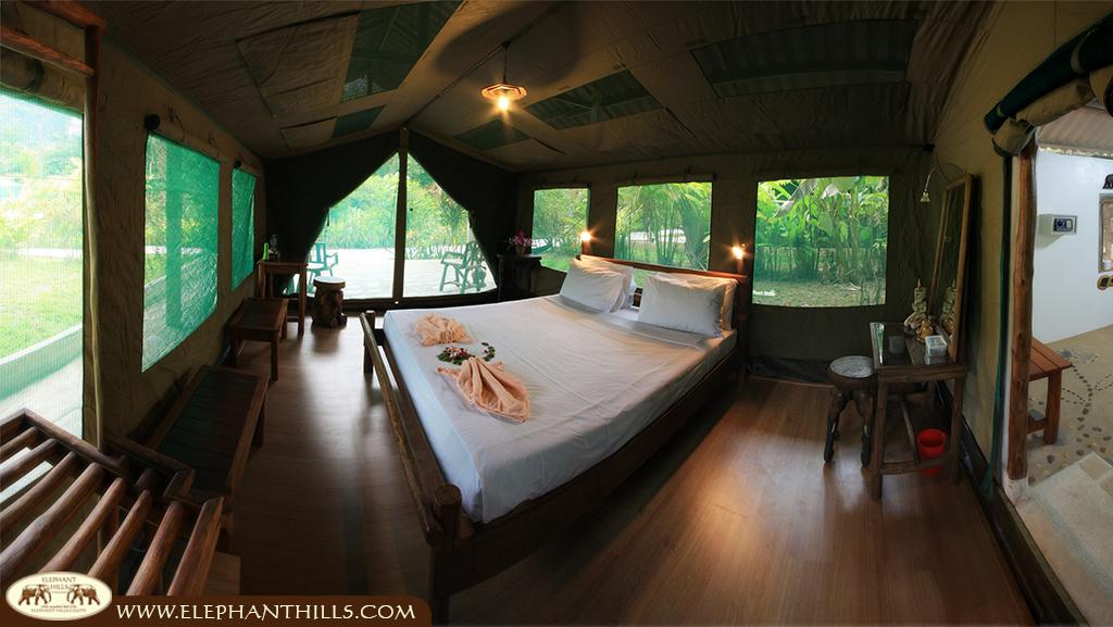 Luxurious tents, comfortable interior and luxurious bathroom